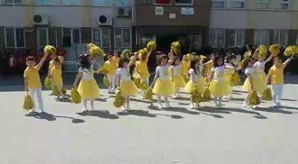 23 Nisan okulöncesi gösterisi izle