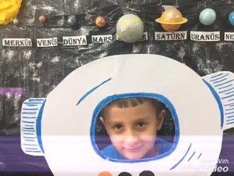 """""""Astronot olmak istiyorum"""" projesi izle"""