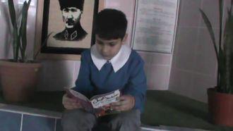 Şuhut Atatürk İlkokulu Kitap okuyorum Arkadaş Etkinliği izle