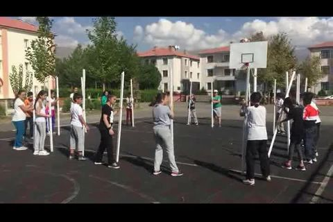 Sopayi Yakala Oyunu Erzincan Yunus Emre Ortaokulu Izle Video