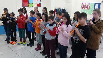 6. Sınıflar Çift Sesli Sağlık Şarkısı izle
