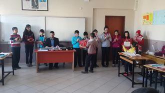 Mesude İşman Ortaokulu 6.sınıf Ezgi Şarkısı Orkestra Versiyonu izle