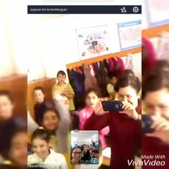 eTwinning projesi kapsamında ortağımız olan okul ile canli ve görüntülü Kahoot oyu... izle
