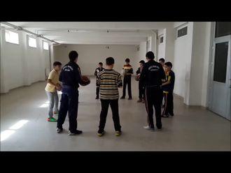 Basketbolda Top Tutma Çalışmaları izle