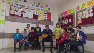 Zeytinli Köyü İlkokulu 3/A Sınıfı Çocuk Korosu izle