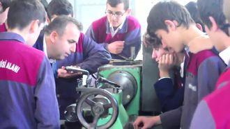 İzmit Mesleki ve Teknik Anadolu Lisesi Öğretmenler Günü izle