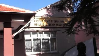 Akşehir Şehit Özden Çınar Mesleki ve Teknik Anadolu Lisesi-Okul Tanıtım izle