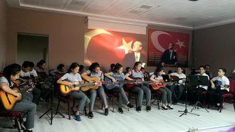 Şehit Piyade Üsteğmen Murat Hasırcıoğlu Ortaokulu Müzik Dinletisi-2 izle