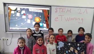Nezihe Osman Atay İlkokulu 2A öğrencileri stem eTwinning projesi çalışmaları izle