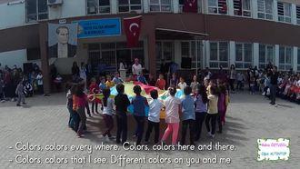 Colors (renkler) Şarkısı izle