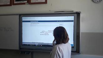 Web 2 araçlarıyla felsefe dersi kazanımları izle
