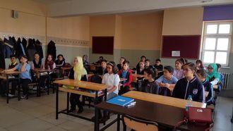 Erzurumlu İbrahim Hakki Ortaokulu 25 peygamber oyunu izle