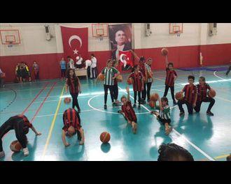 Pendik Sultan Abdülhamit Han Ortaokulu Tanıtım izle
