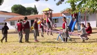 Köyden Koleje izle