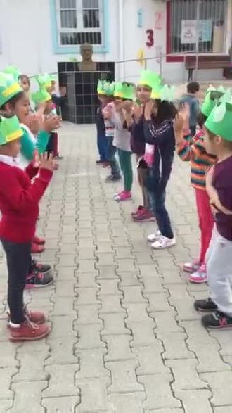 "Sevgi Kindergarden E-twinning Project ""Creative Box"" izle"