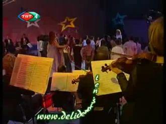 TRT Çocuk Korosu-Türk'üm Ne Mutlu Bana Şarkısı izle