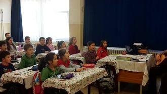 3.Sınıf Yaylalar Şarkısı izle