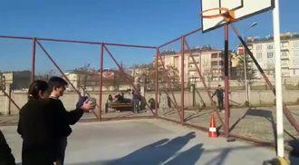 Görmemek Basketbol Oynamaya Engel Değil. izle