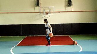 Basketbol Top Hakimiyeti 18 izle