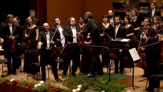 W. A. Mozart Senfoni No 40 - Dima Slobodeniouk - izle