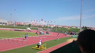 100 m Engelli Koşu izle