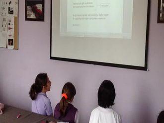 Merkez Ortaokulu Müzik Sınıfı ve Dersi izle