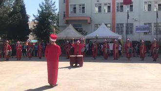 Abdurrahman ALKAN  Ortaokulu Mehteran Bölüğü... izle