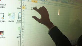 Microsoft Excel'de grafik ekleme izle