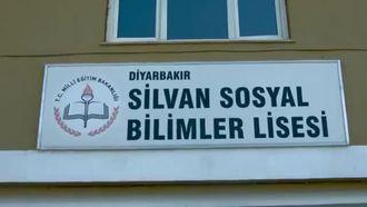 """MUHTEŞEM KLİP """"BİR EZGİDİR SİLVAN"""" izle"""
