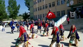 Balıkesir Gaziosmanpaşa Anadolu Lisesinde 19 Mayıs Çoşkusu izle