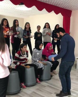 Mehmet Uygun Meslekî ve Teknik Anadolu Lisesi Mutfak Bandosu izle