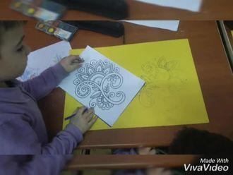 Misaki Milli İlkokulu 3/B sinifi Çini çalışmaları izle