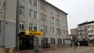 Mustafakemalpaşa Anadolu İmam Hatip lisesi izle