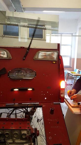 arduino ile yapılmış yağmur sensörü sayesinde yağmur yağdığında otomatik çalı... izle