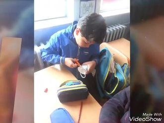 """E-twinning projesi"""" Recycling in the classroom """" izle"""