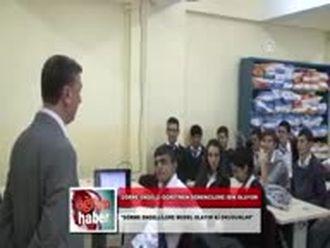 Görmeyen Gözleriyle Görmeyen Öğrencilere Işık Oluyor (30.11.2012) izle