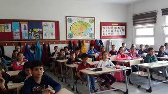 Eba: Öğrencilerin Öz güvenini Arttırıyor izle