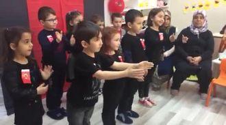 İşaret Diliyle Çanakkale Türküsü izle