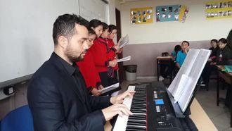 Mesude İşman Ortaokulu 5/D Sınıfı Yemen Türküsü izle