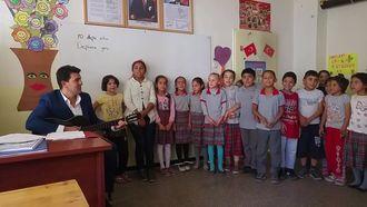 Arkadaşım Eşek ... Gaziantep Şahinbey Zeytinli İlkokulu Öğrencileri... izle