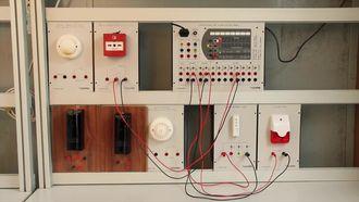 Yangın Alarm Sisteminde Kullanılan Malzemeler Ve Montajı izle