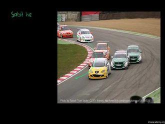 Virajda Sabit Hızlı Yarış Arabaları izle