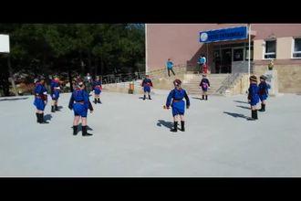 Fatih Ortaokulu Halk Oyunu Gösterisi izle