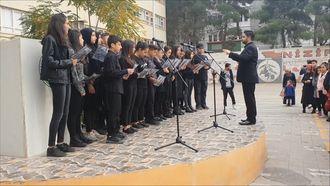 Nizip Anadolu Lisesi Müzik Kulübü Korosu 10 Kasım 2018 izle