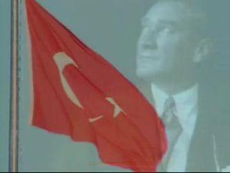 Sol Minör (Tiz) İstiklal Marşı - (Sözlü - Ağır) izle