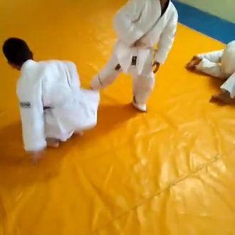 Nizip İslim Sayın Ortaokulu Judo Takımı Öğrencileri izle