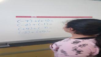 6. Sınıflarla Sayı Doğrusunda Tamsayılarla Toplama İslemi izle