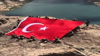 Vatanımızın Bekçisi Kahraman Mehmetçiğe Moral Videosu izle