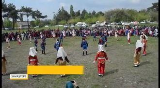 Fatih Ortaokulu'nun 33 Kişilik Dev Kadrosu Harmandalı Oynuyor izle