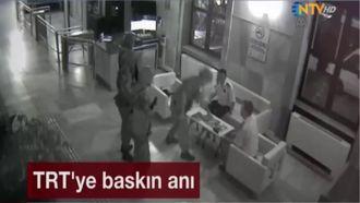 TRT'ye Baskın Anı Kamerada izle